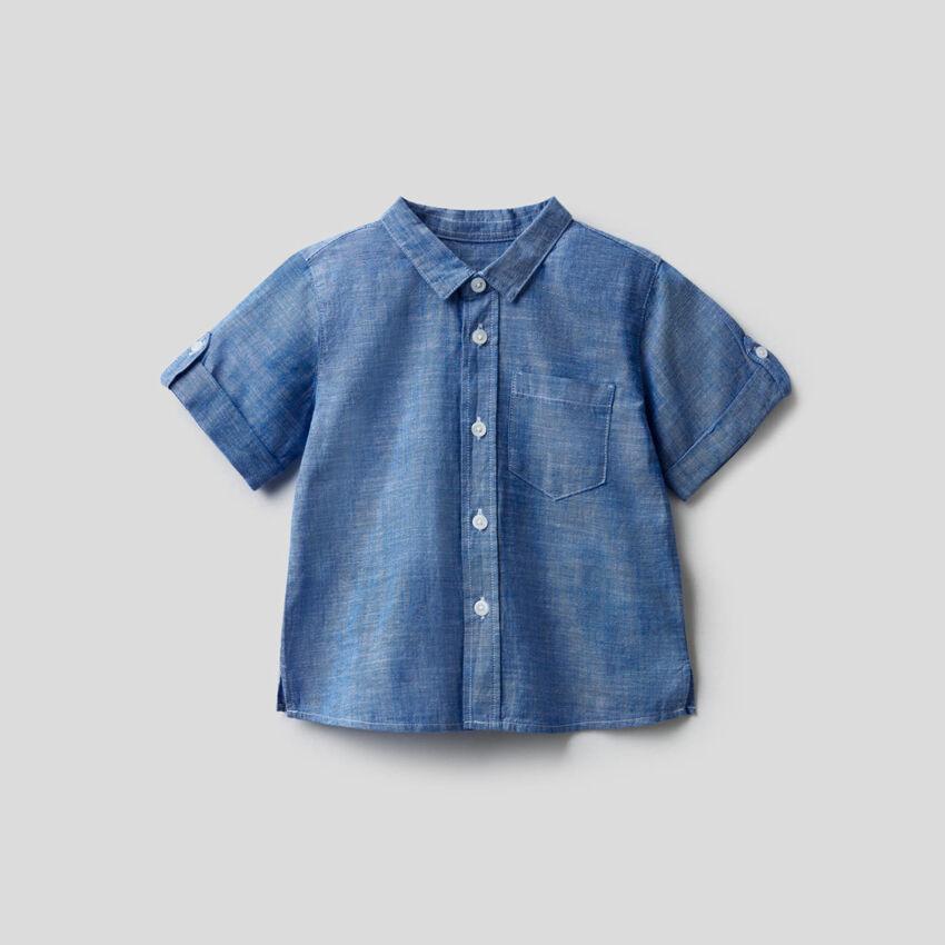 Chemise à manches courtes avec message