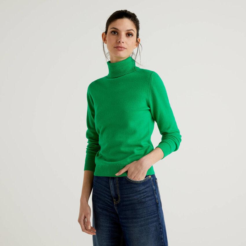 Pull chaud vert à col roulé en pure laine vierge
