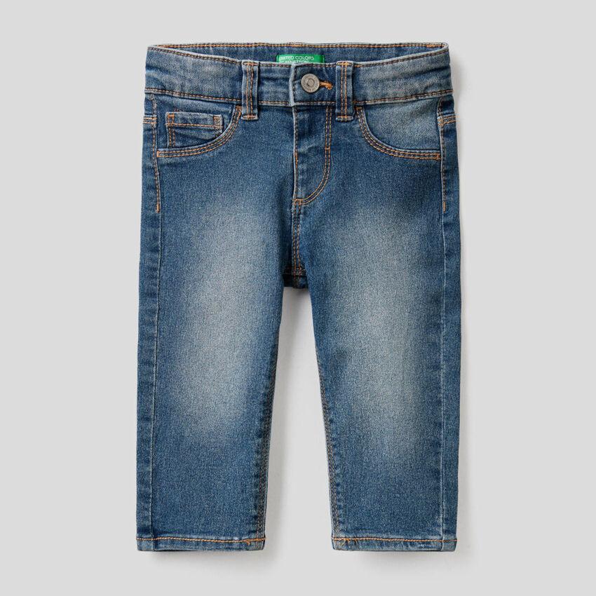 Jeans en coton mélangé stretch