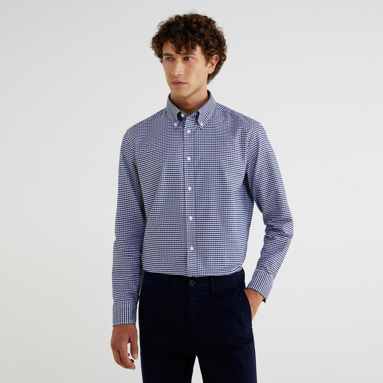 Chemise button-down à carreaux
