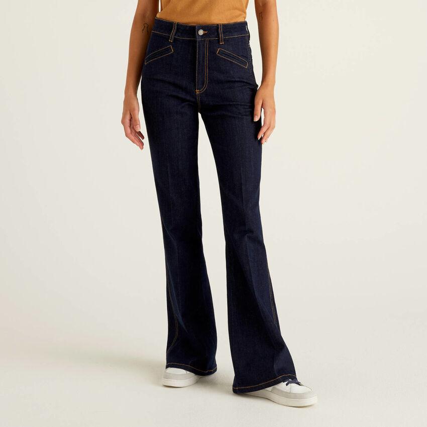 Jeans évasé en coton stretch