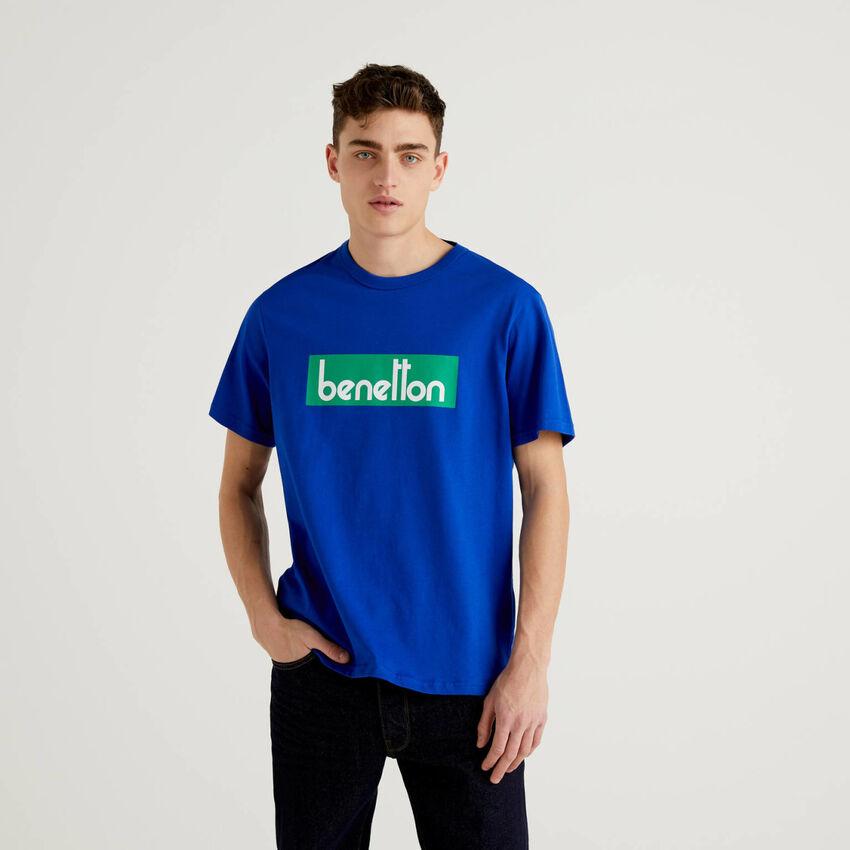 T-shirt bleu avec logo imprimé