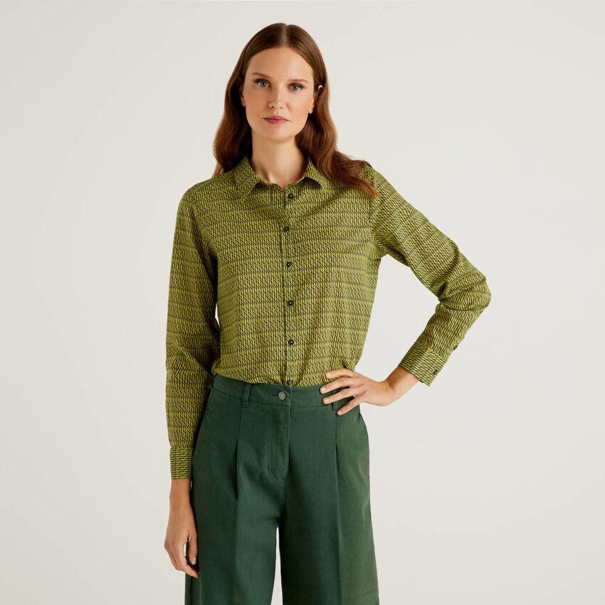 Chemise à motifs verts en 100% coton