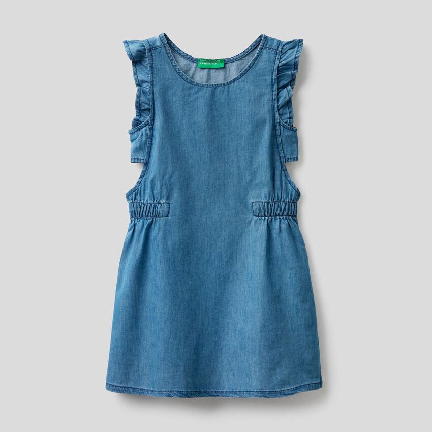 Petite robe en tissu chambray