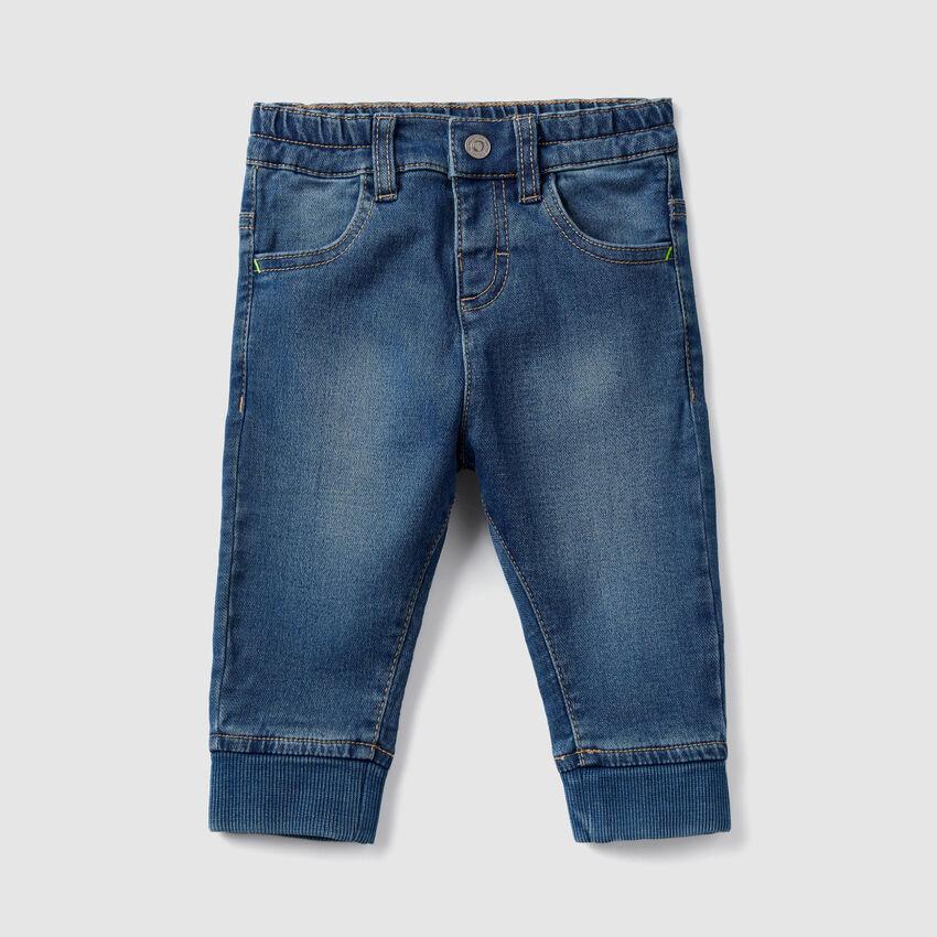 Jeans avec bords-côtes