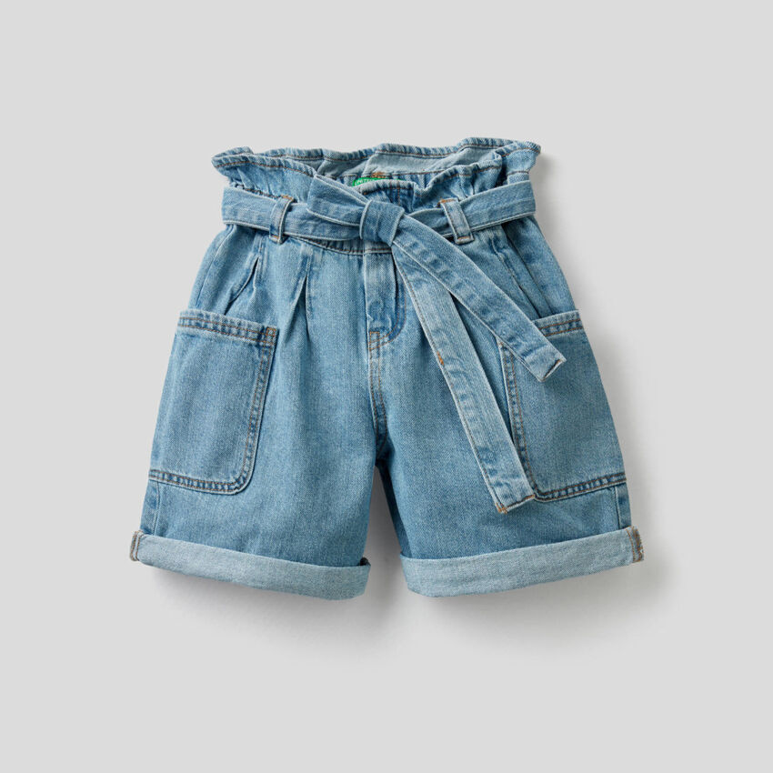 Short en denim de pur coton