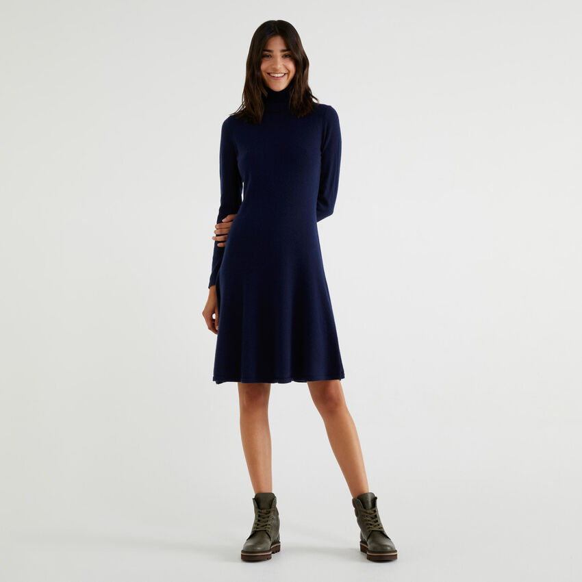 Robe col montant en maille