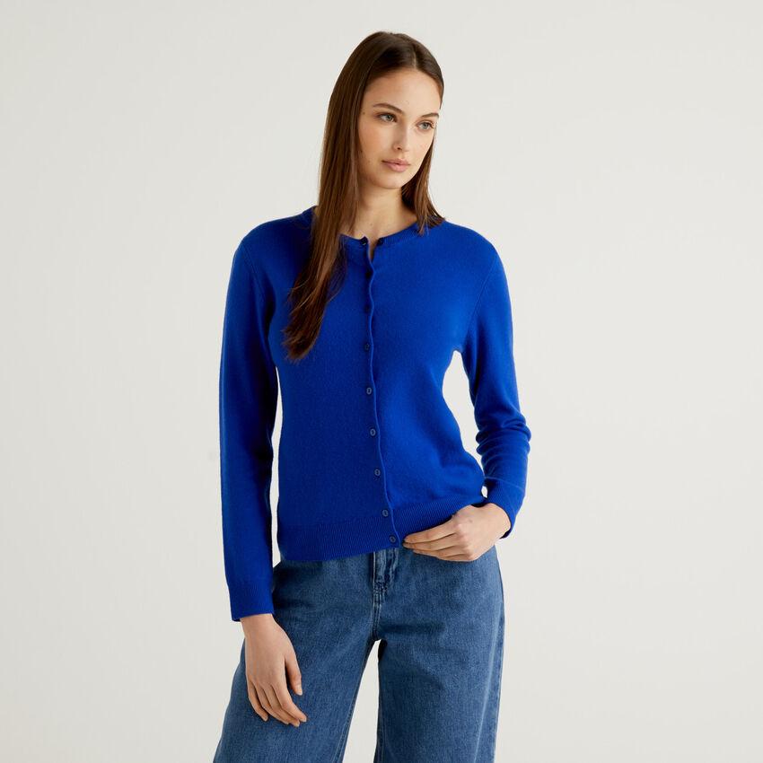 Gilet bleu col rond en pure laine vierge