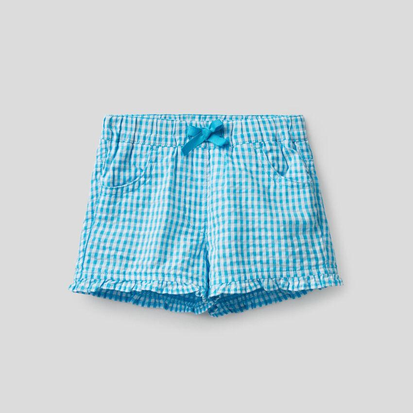 Short à motif vichy bleu clair