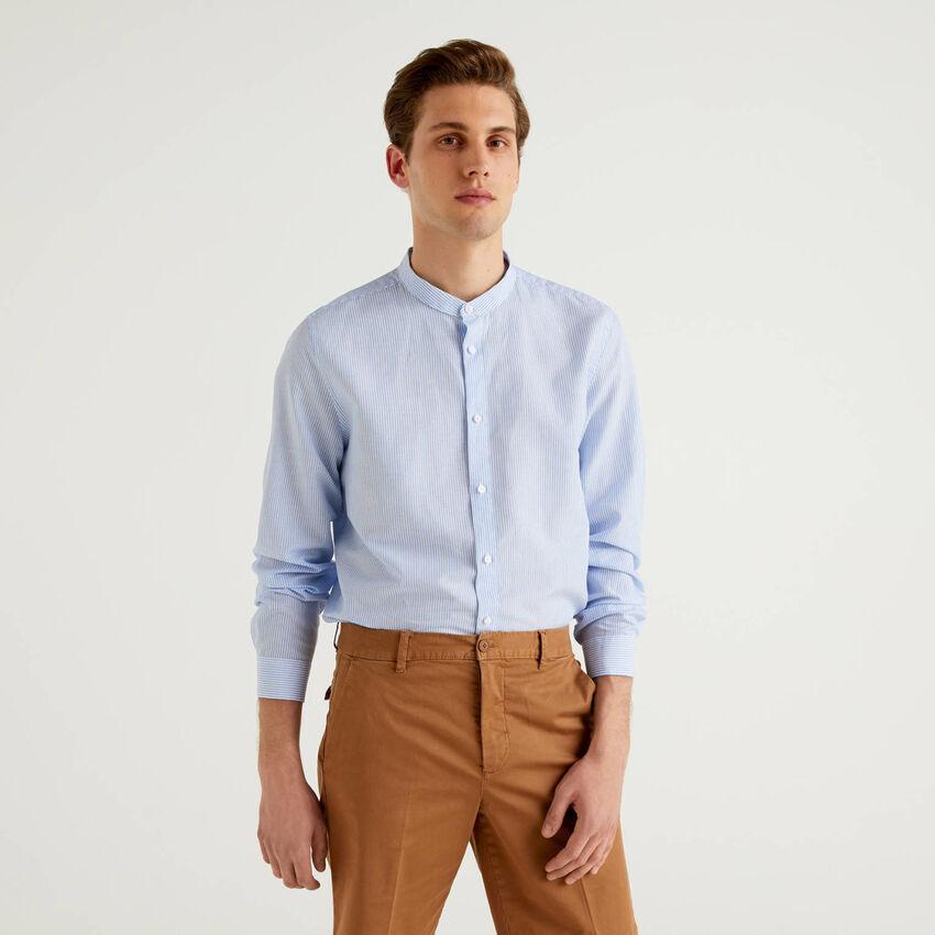 Chemise à rayures avec col mao