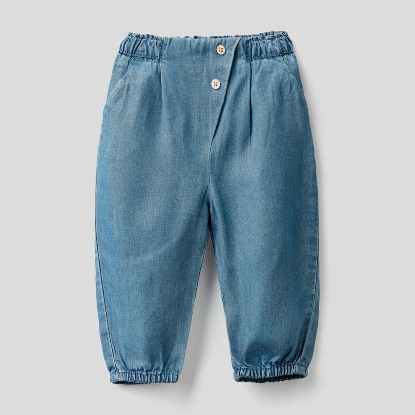 Pantalon avec taille froncée