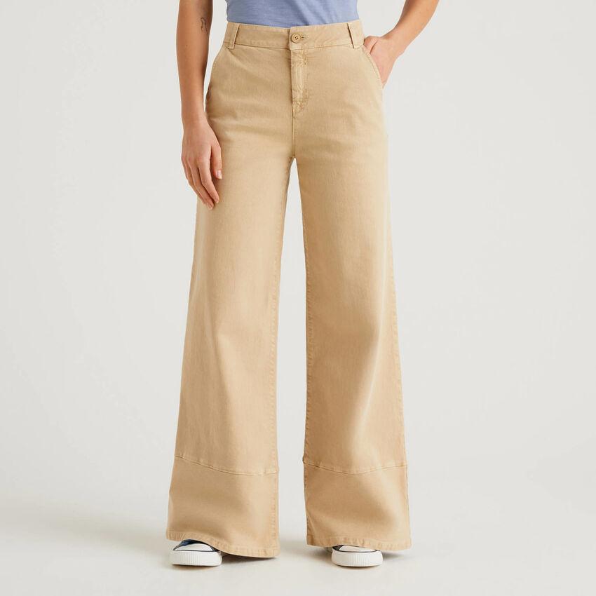 Pantalon patte d'eph avec colorant naturel