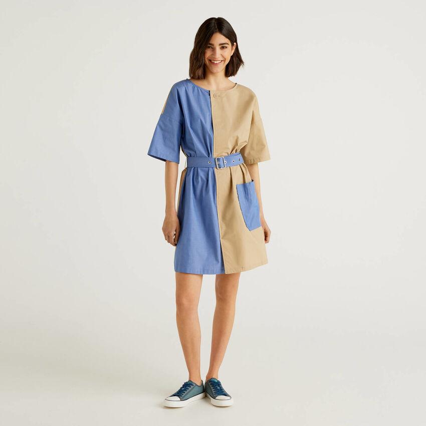 Robe courte bicolore en pur coton