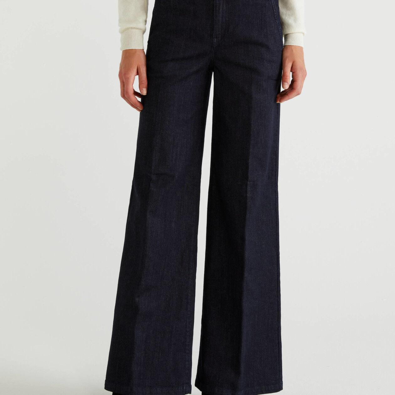 Pantalon évasé en jeans