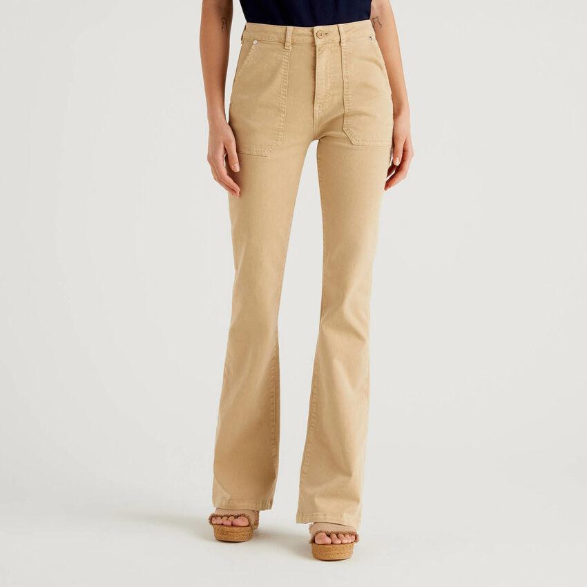 Pantalon en coton avec colorant naturel
