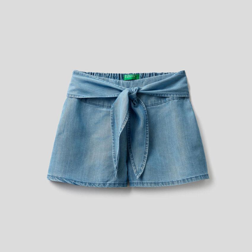 Bermuda large en jeans léger