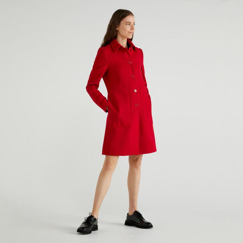 Manteau avec col et poches