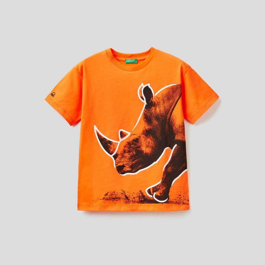 T-shirt orange avec imprimé rhinocéros