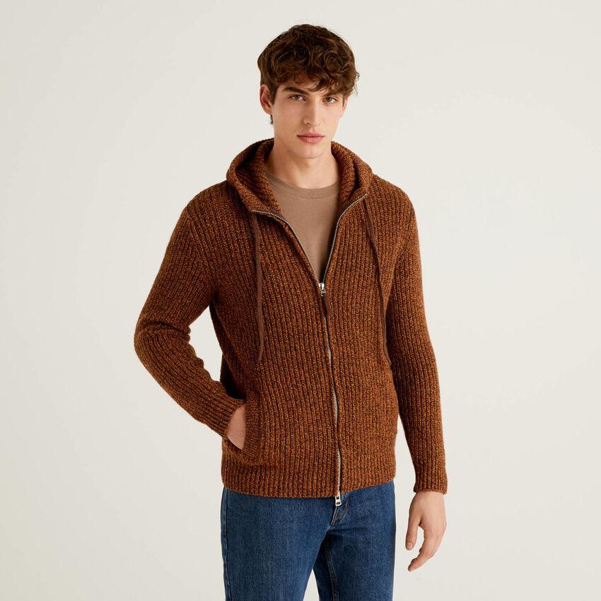 Pull en laine Shetland à capuche