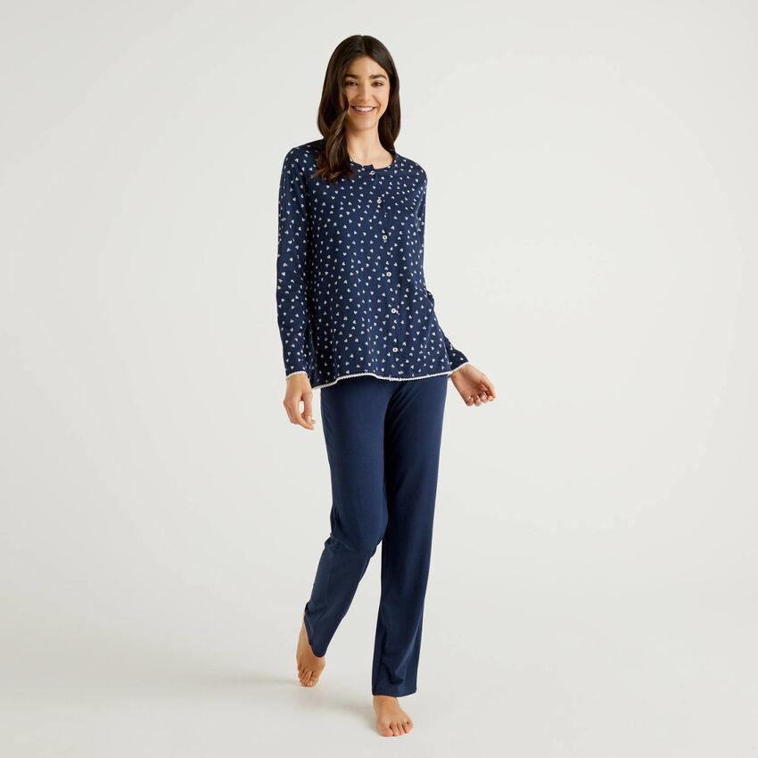 Pyjama avec haut ouvert