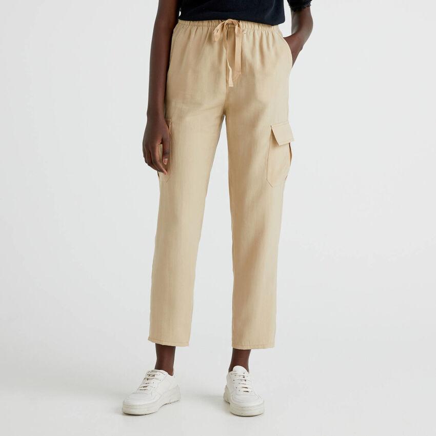 Pantalon cargo avec cordon de serrage
