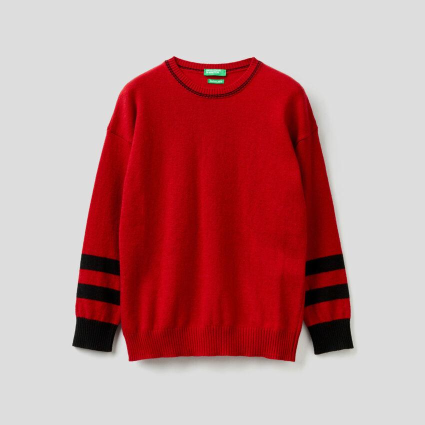 Pull rouge avec motif en intarsia