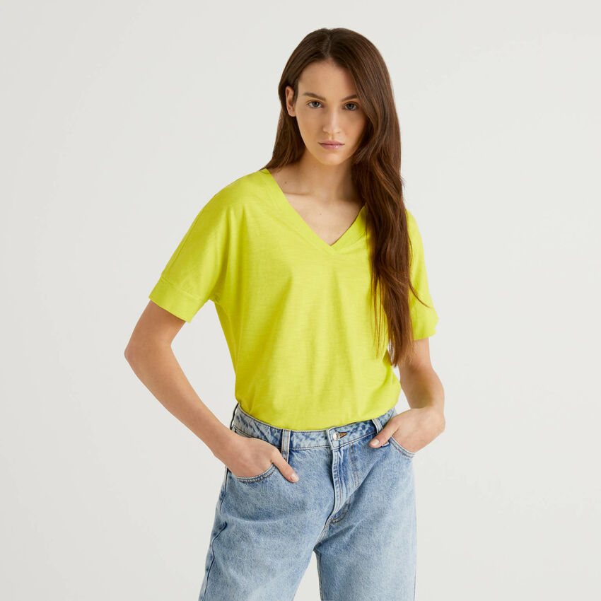 T-shirt avec col en V 100% coton