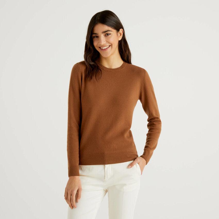 Pull col rond marron en pure laine vierge