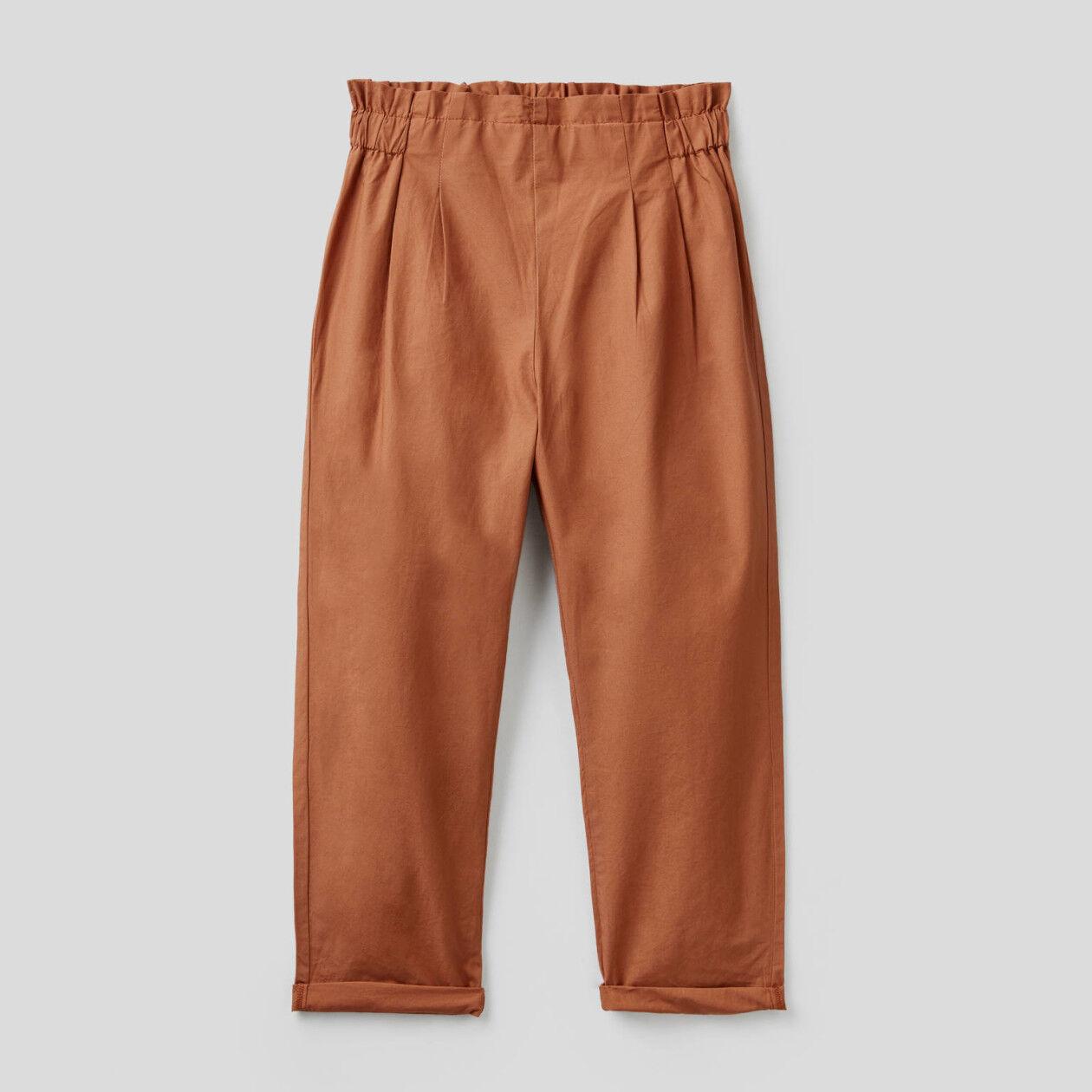 Pantalon longueur classique en 100% coton