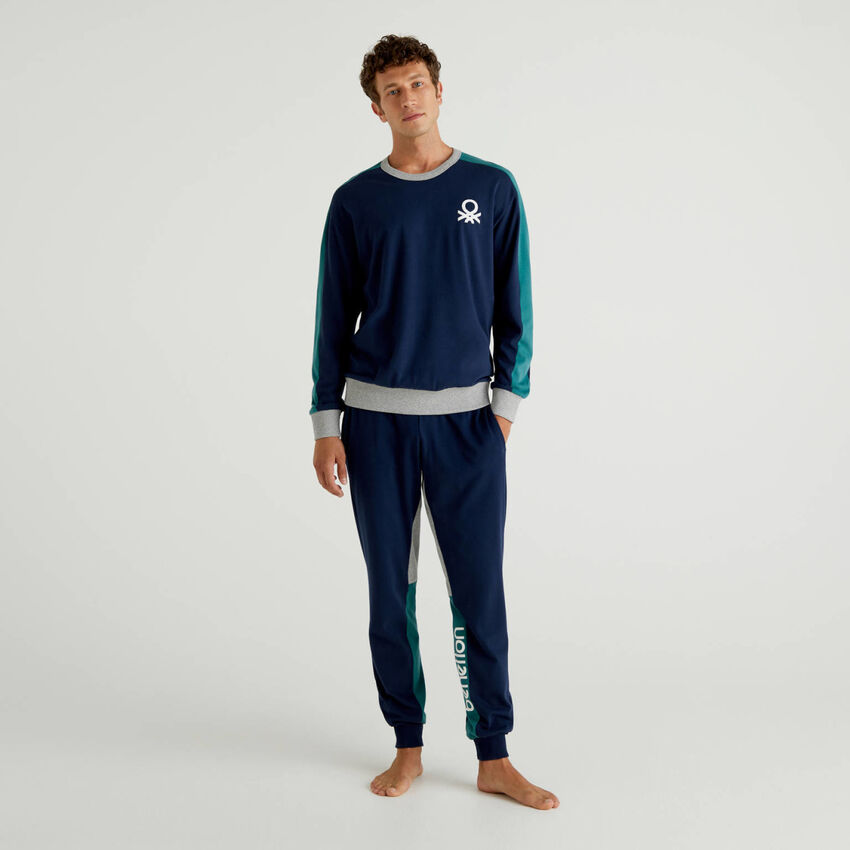Pyjama en coton avec bandes siglées