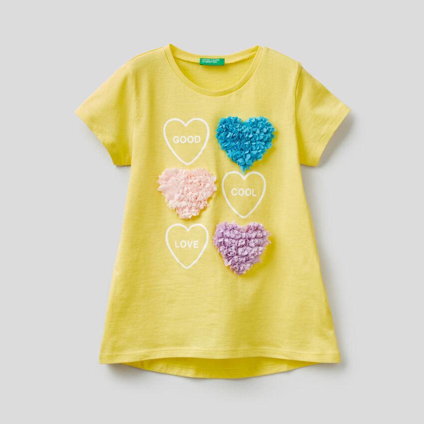 T-shirt avec pétales appliqués