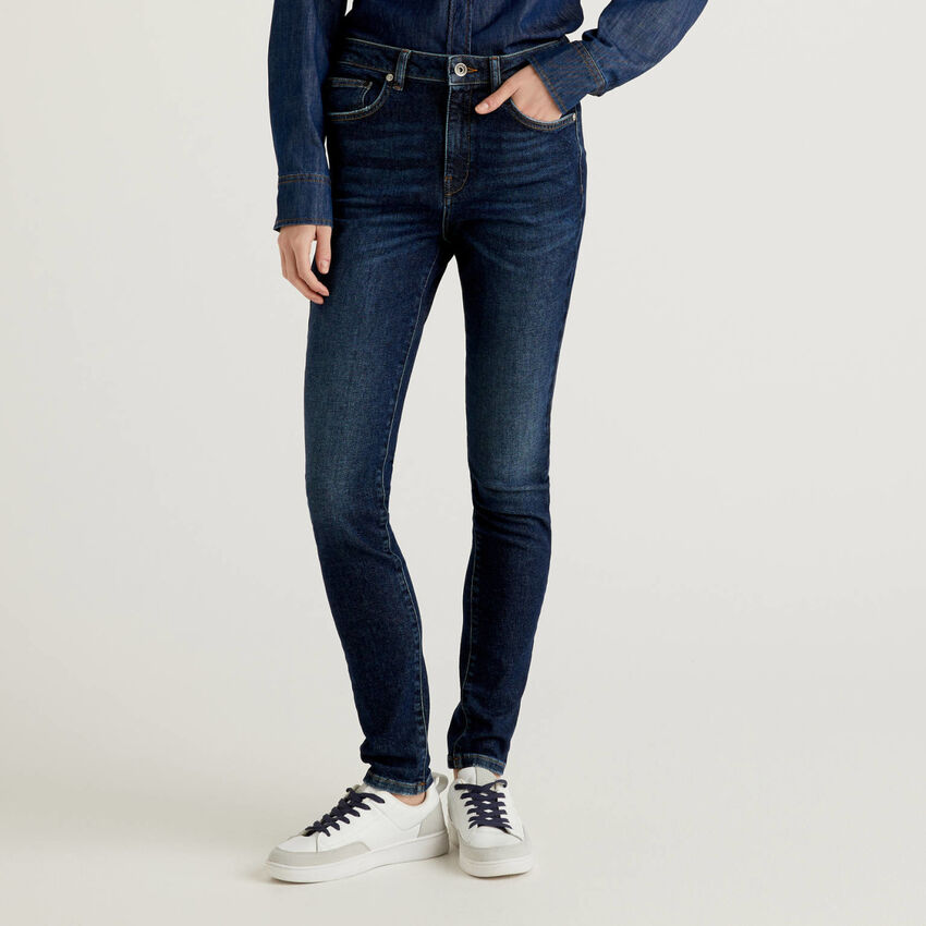 Jeans coupe skinny avec taille haute