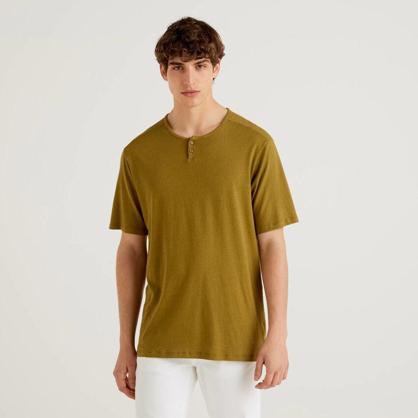 T-shirt col tunisien en lin mélangé