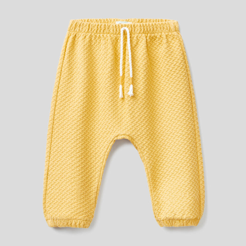 Pantalon en coton bio stretch texturé