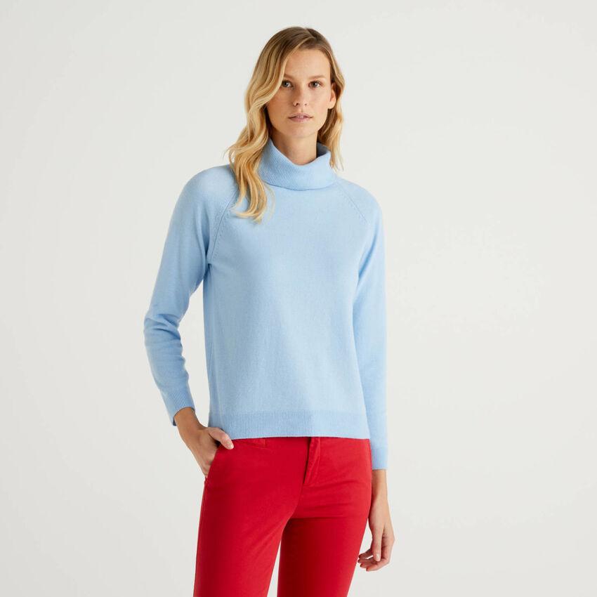 Pull col montant bleu clair en mélange de laine et cachemire