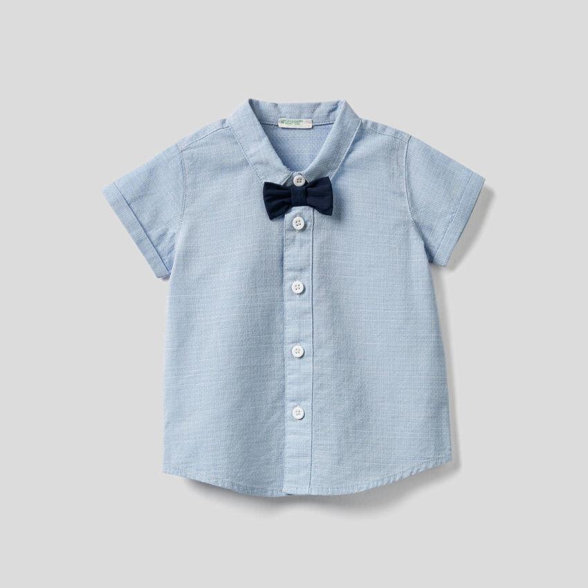 Chemise en pur coton avec noeud papillon