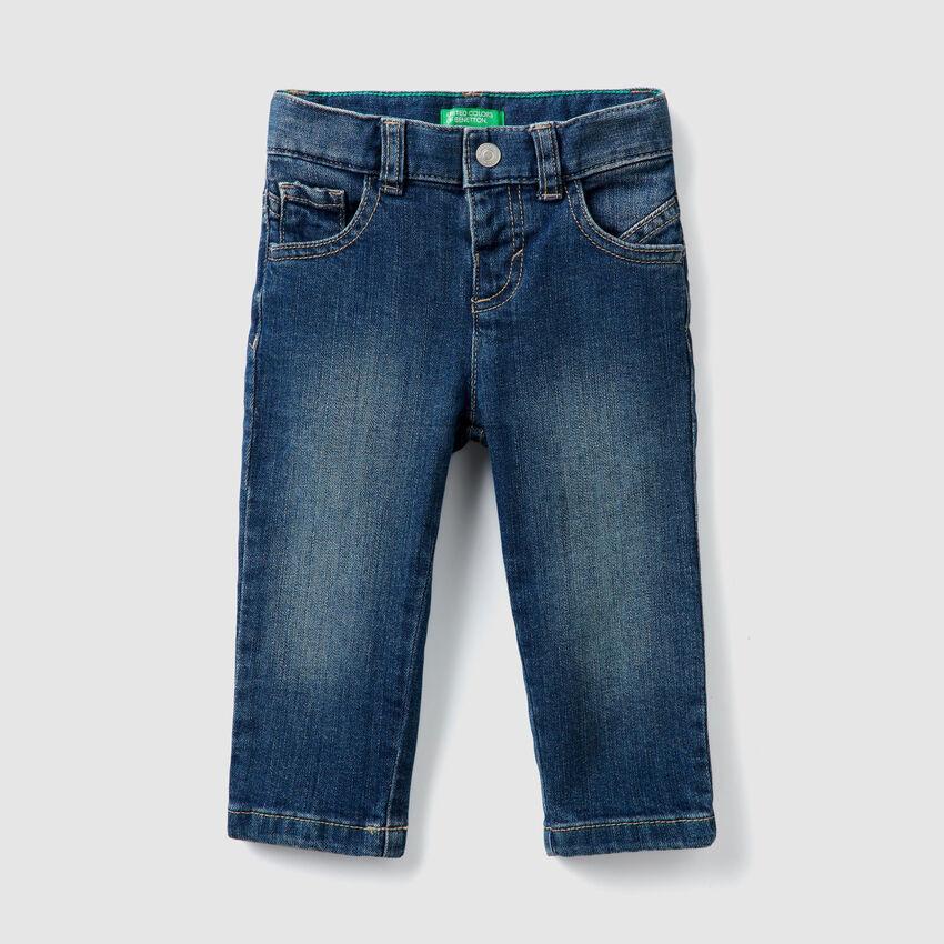 Jeans avec applications
