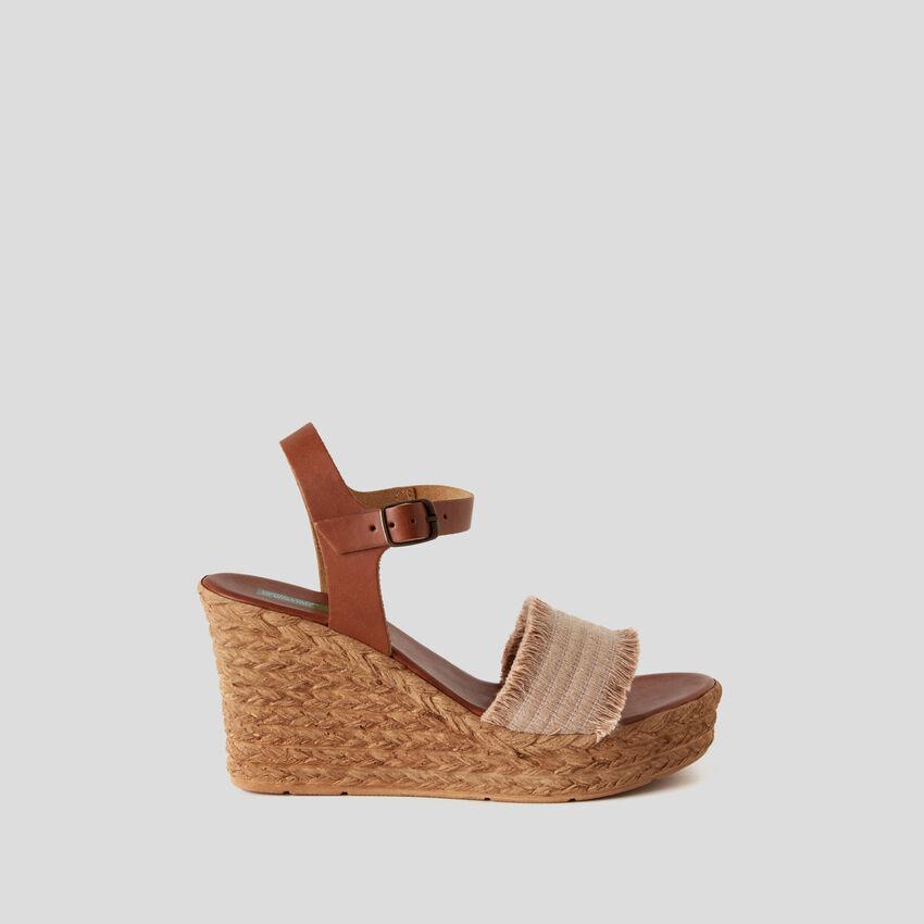 Sandales compensées effet corde