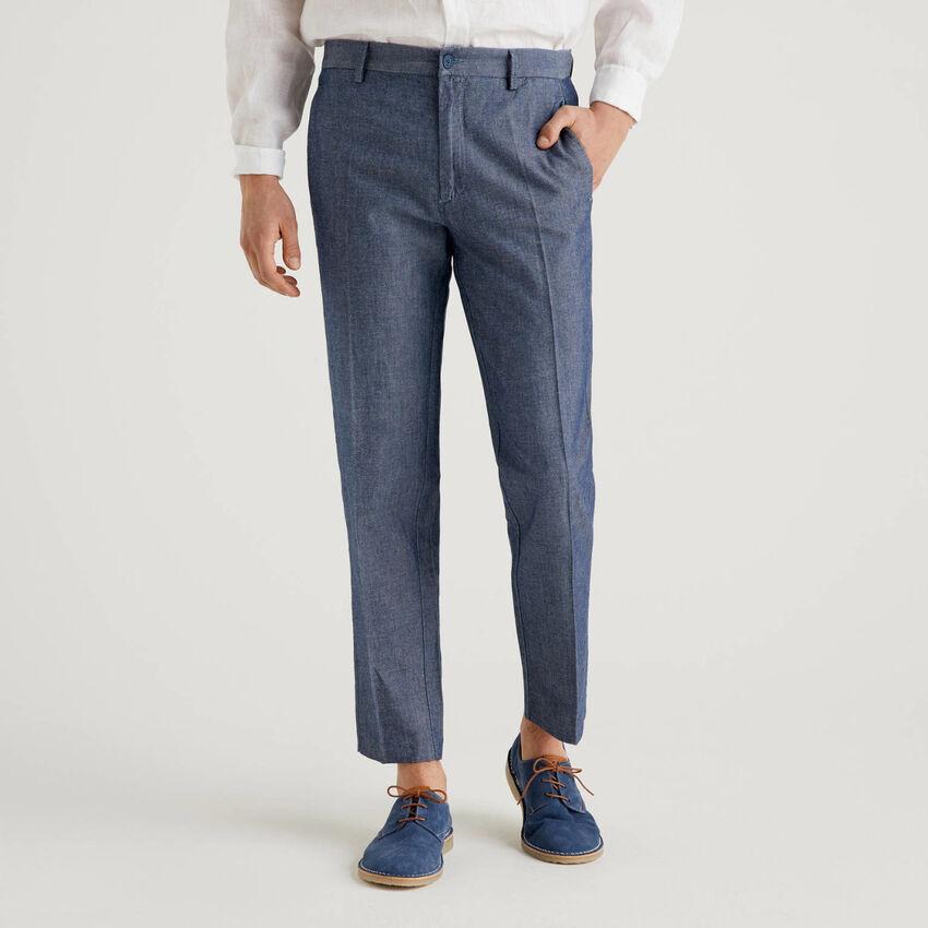 Pantalon en denim associant coton et lin