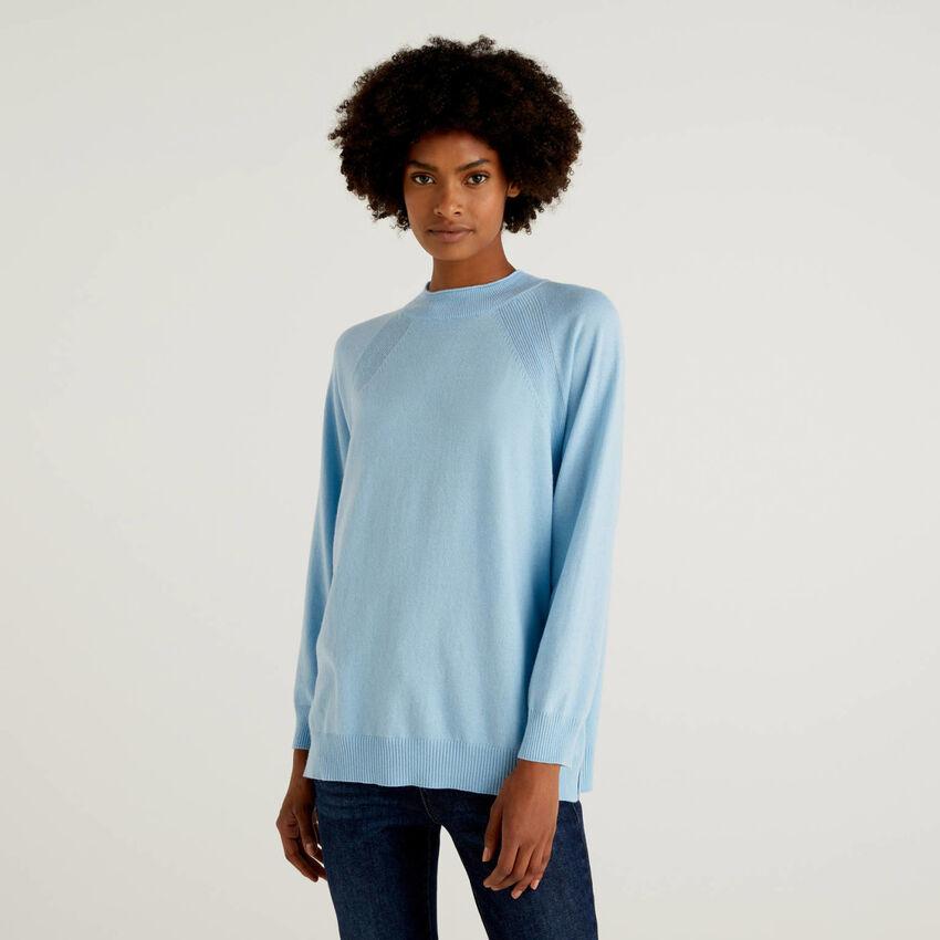 Pull bleu clair en mélange de laine et cachemire