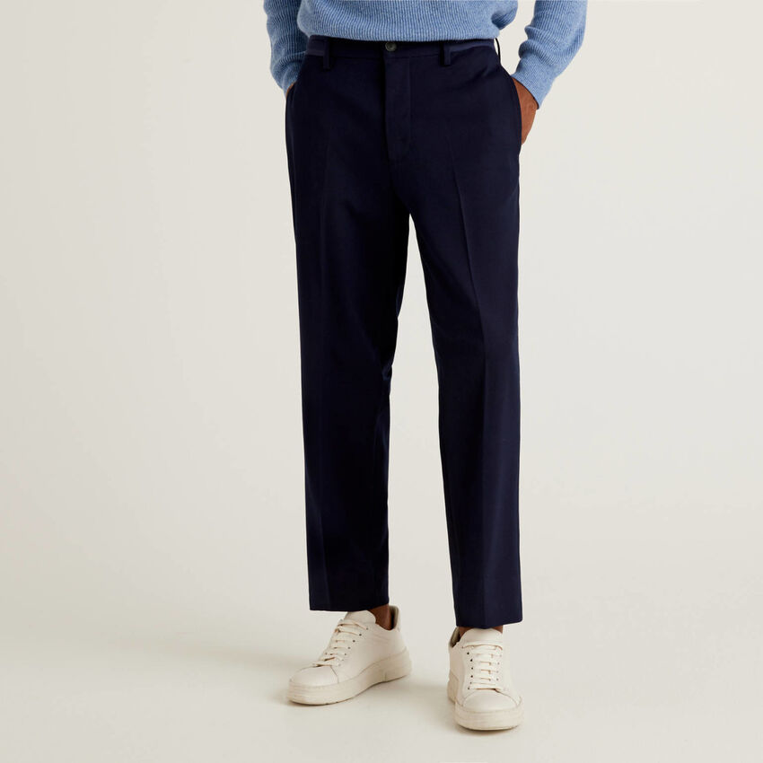 Pantalon uni avec cordon de serrage