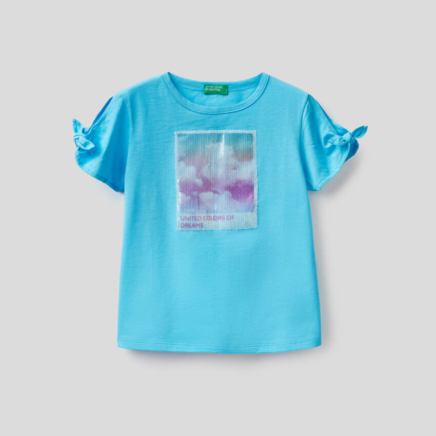 T-shirt avec lé à paillettes