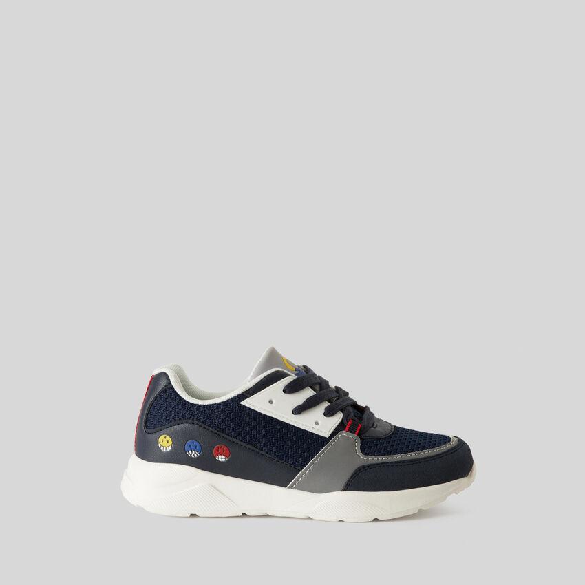 Sneakers avec imprimés et broderies