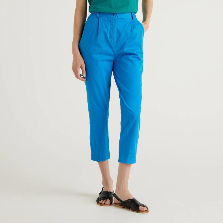 Pantalon uni en coton stretch