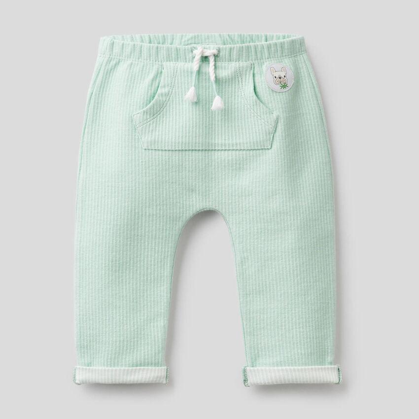 Pantalon en tissu rayé stretch