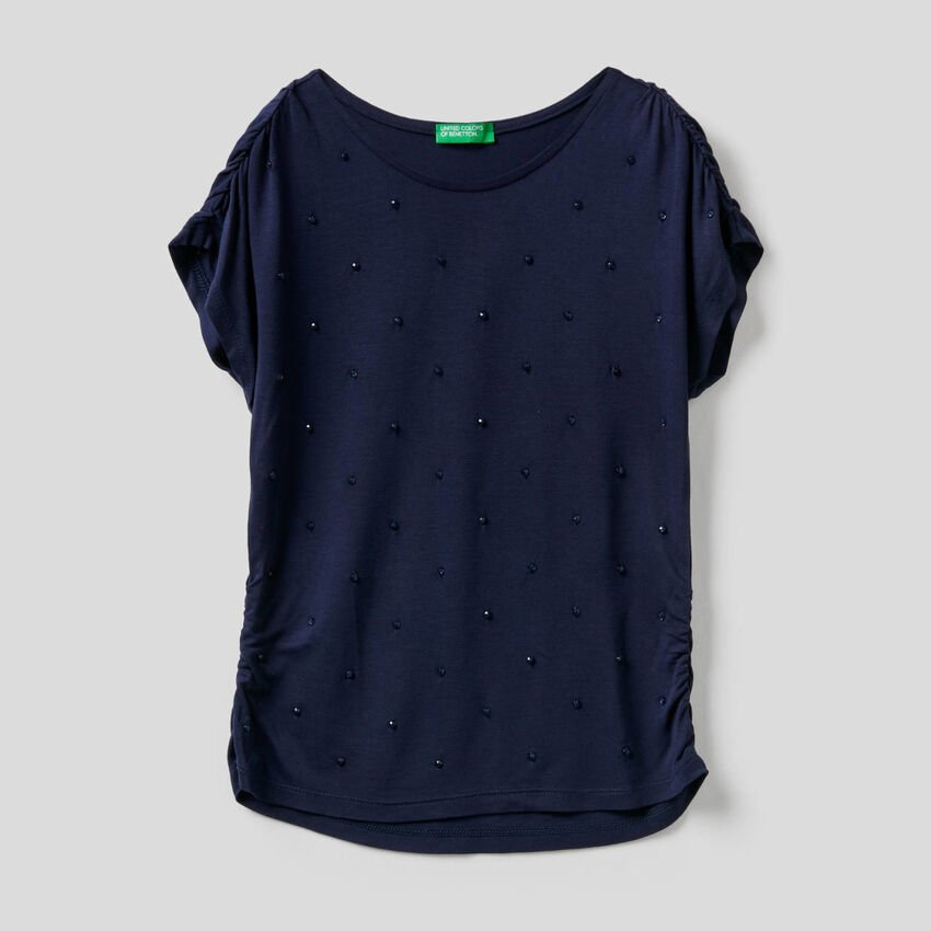 T-shirt avec perles brodées