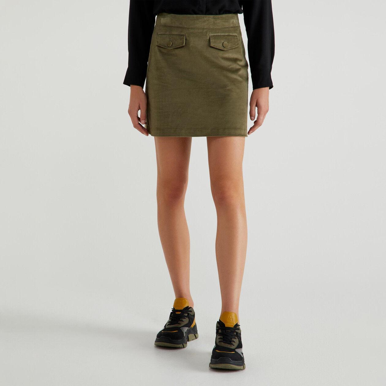 Mini-jupe en velours