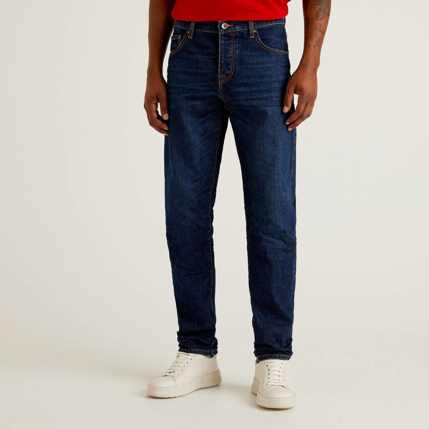 Jeans cinq poches coupe slim