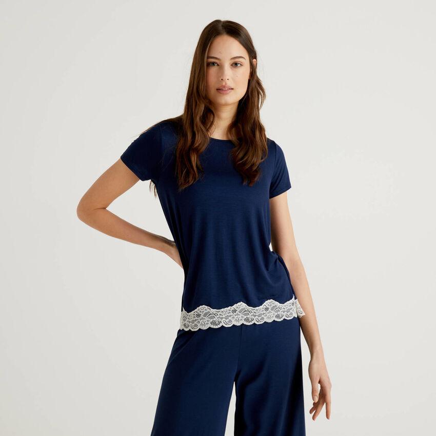 T-shirt à manches courtes avec dentelle
