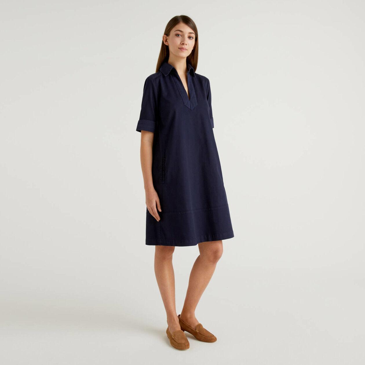 Robe évasée en coton stretch